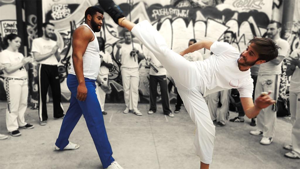 roda capoeira regional